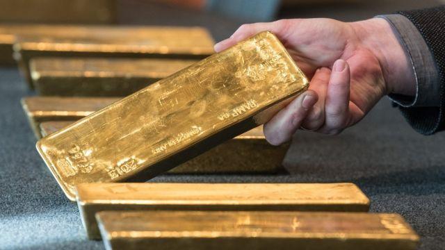 Мужчина из Липецкой области нашел носки с золотом и пошел под суд