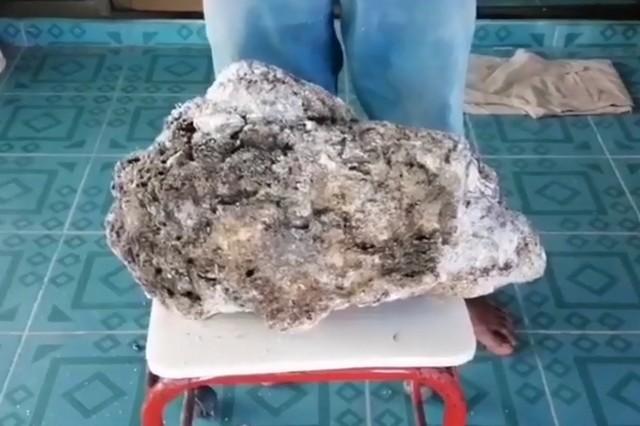 Житель Таиланда нашел на пляже «мусор», который стоит 700 тысяч долларов