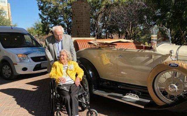 Старейшая супружеская пара в мире отпраздновала 80-летие своего брака (3 фото)