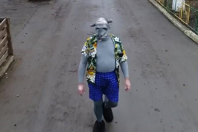 Глава зоопарка Одессы снял «новогоднее» видео