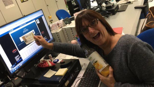 Журналистка выиграла в лотерею и уволилась в прямом эфире, но ее ждал неприятный сюрприз