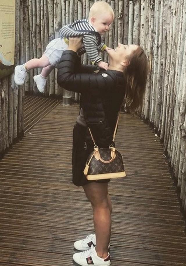 Кейт Гиббонс сбросила 38 килограммов из-за чувства стыда (10 фото)