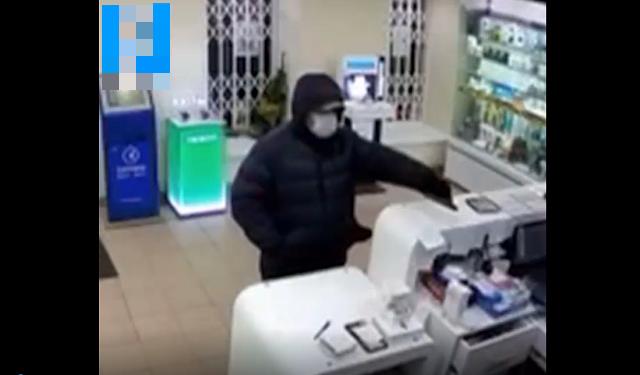 Боевик-блокабастер: как продавцы из Санкт-Петербурга защищали кассу