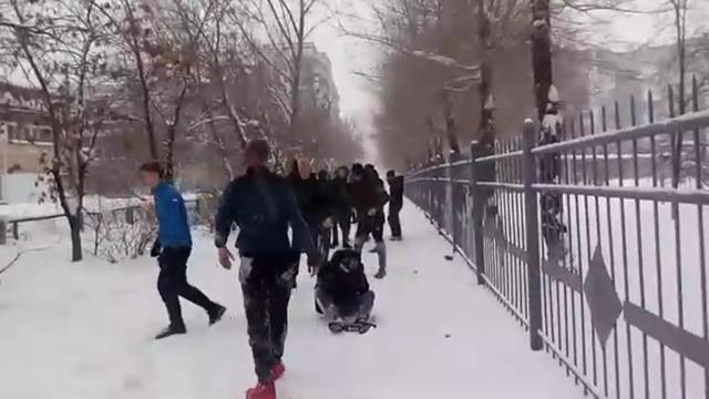 Лайфхак от журналистки: как быстро прекратить драку школьников в Новокузнецке