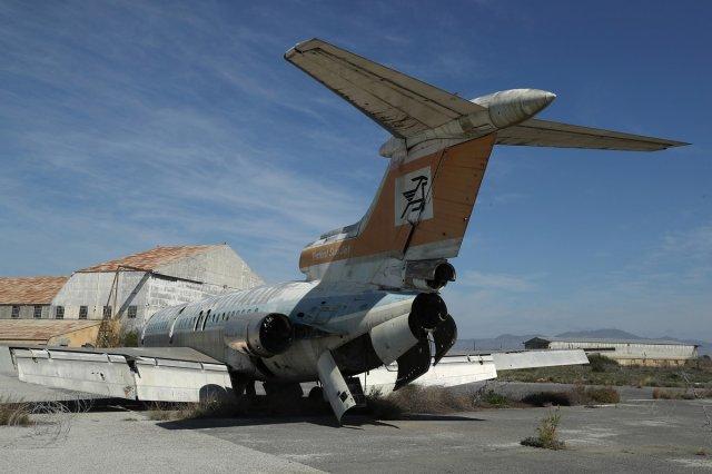 Фотопрогулка: Мрачный и заброшенный аэропорт Никосии на Кипре (11 фото)