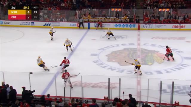 Такого в НХЛ не было 6 лет: вратарь забросил шайбу в ворота соперников