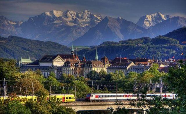 Секрет успеха: почему Швейцария такая богатая страна? (5 фото)