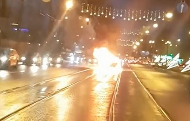В Петербурге взорвалась легковушка с газовыми баллонами
