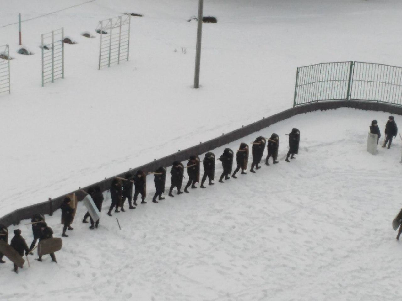 В Перми учеников учат разгонять митинги (6 фото + видео)