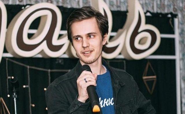 Комик Александр Долгополов решил уехать из России