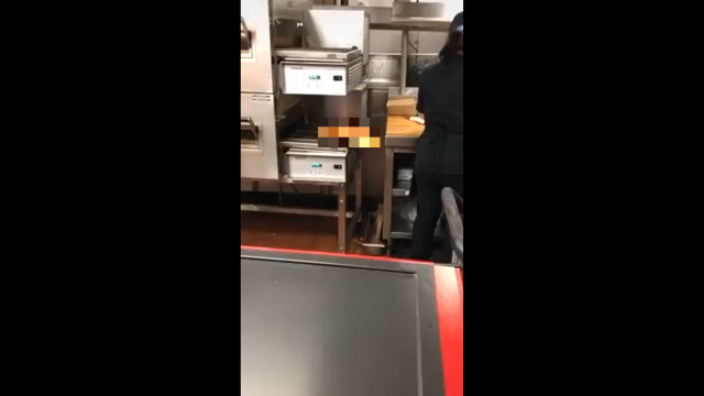 Душераздирающее зрелище из пиццерии