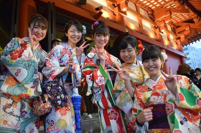 Бытовые особенности в Японии, которые раздражают не только приезжих, но и самих японцев (10 фото)