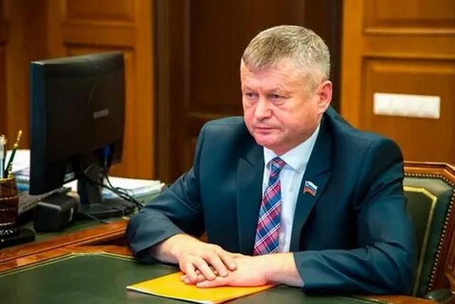 Главу Ширинского района Хакасии Сергея Зайцева осудили за нападение на журналиста