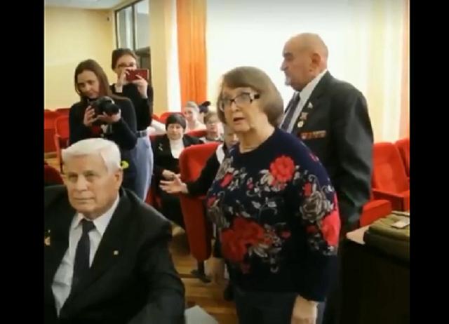 Появились новые подробности о керченских чиновницах, которые подарили ветеранам пироги