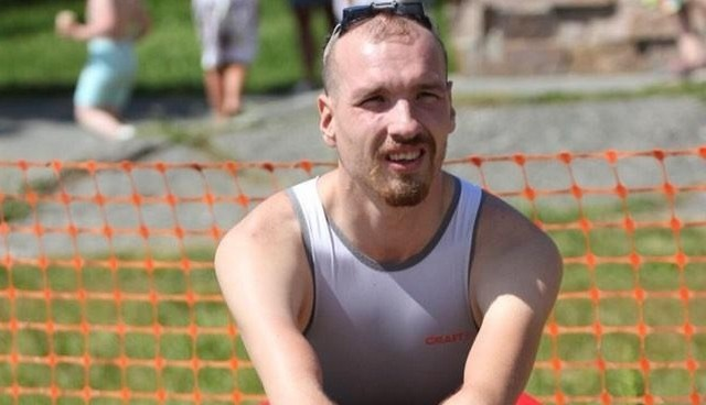 Паратриатлонист Михаил Асташов рассказал, почему пошел работать курьером