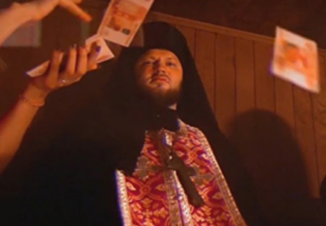 Рэперы Slim и Особов удалили клип со священником из-за жалоб православных активистов