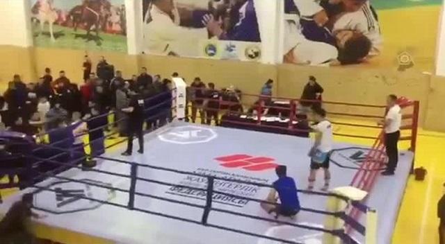 В Казахстане турнир по ММА закончился поножовщиной (2 видео)