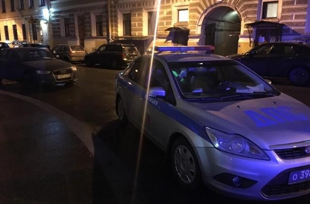 Погоня в центре Петербурга попала на видео (2 фото + видео)