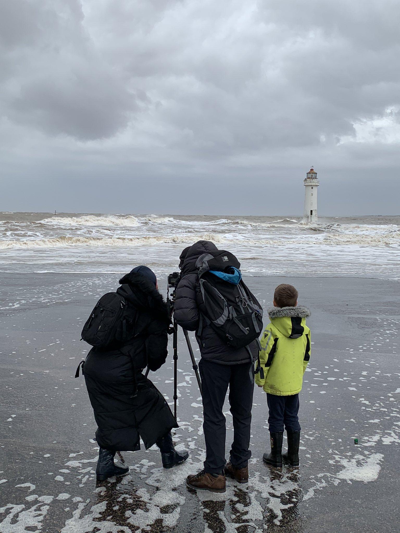 Ураган «Киара» бушует в Европе (13 фото + видео)