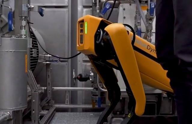 Робот от Boston Dynamics будет работать на нефтяной вышке