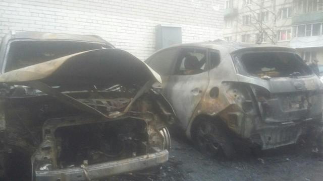 В Петербурге сожгли машину заводящего «Зенита» Александра Румянцева (4 фото + 2 видео)