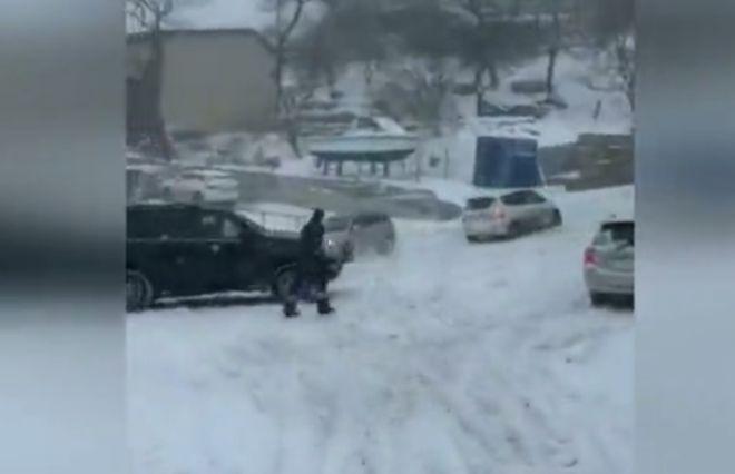 гололед во Владивостоке