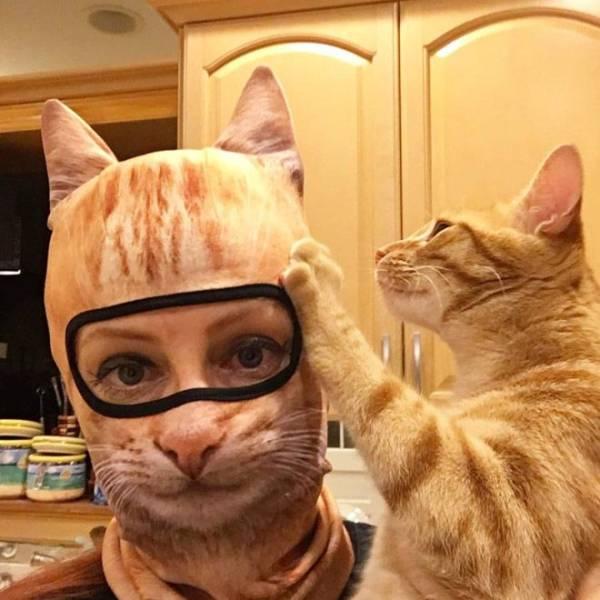 Маска с принтом кота