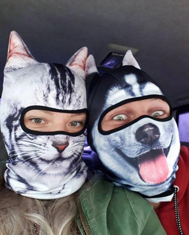 Маски в виде котов