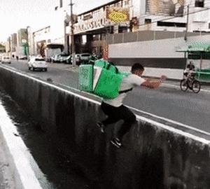 Превью неудачный прыжок через сточную канаву