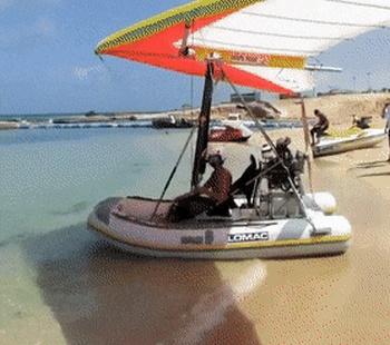 Превью летательный аппарат на воде