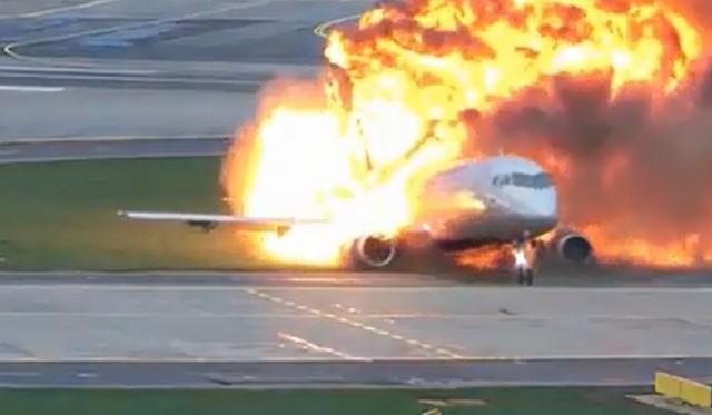 видео авиакатастрофы SSJ-100 в Шереметьево
