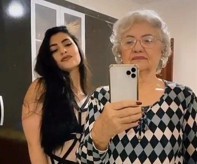 Мариана Матос и ее бабушка Дирс Феррейра