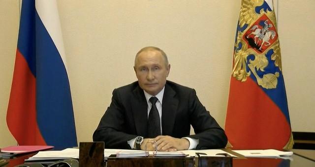 """Владимир Путин: """"Мы соскучились по нормальному образу жизни"""""""