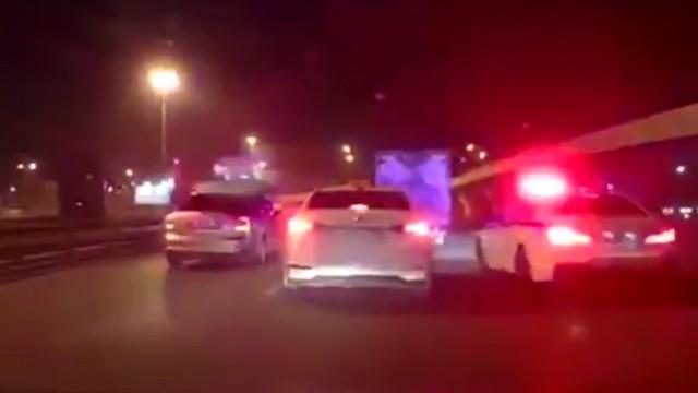 Полиция преследует нарушителя