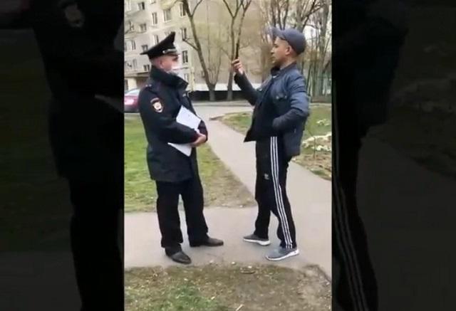 Мигрант немного перестарался в дискуссии с полицейским