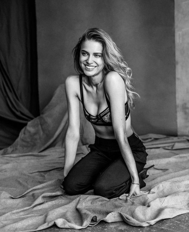 Таня Митюшина в модной фотосессии