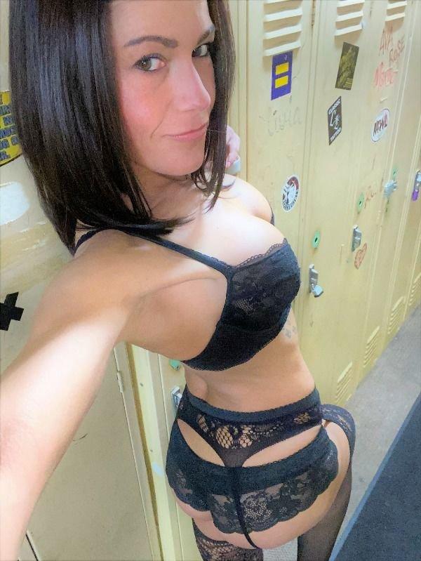 Красивые девушки в нижнем белье (30 фото)