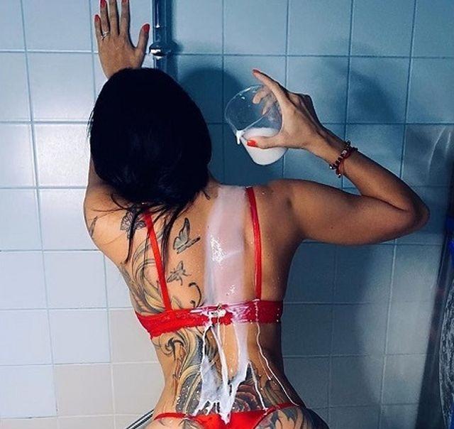 Ирина Ирис поделилась пикантным фото в душе