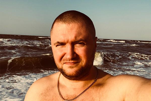 Админ паблика «Омбудсмен полиции» Владимир Воронцов задержан по подозрению в вымогательстве (2 фото + 2 видео)