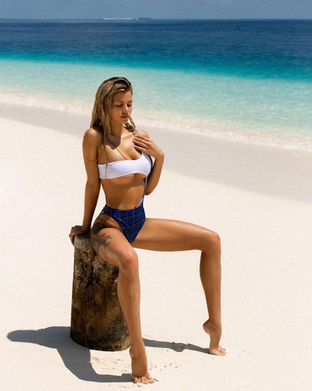 Наталья Красавина на Мальдивах