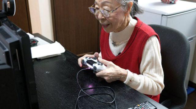 Хамако Мори - бабушка геймер из Японии