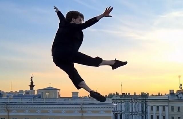 Артист балета Владимир Шкляров