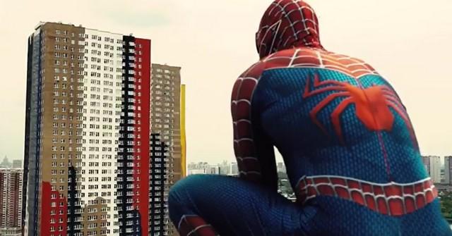 Человек-паук в Москве