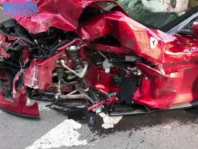 Авария Ferrari и Polo