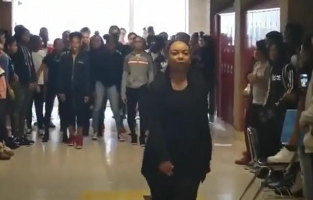 Танцы под Майкла Джексона