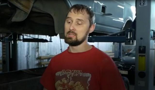 Челябинский работник автосервиса