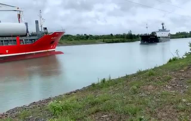 Столкновение в Уэллендском канале