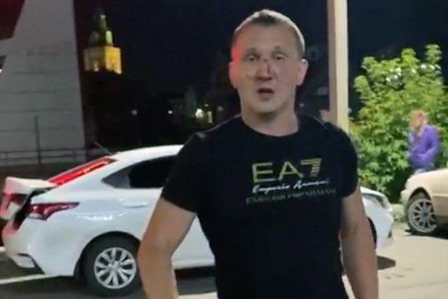 боксер Михаил Старцев