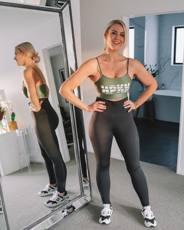 Симона Андерсон: девушка из Новой Зеландии скинула за 2 года 100 килограмм (15 фото)