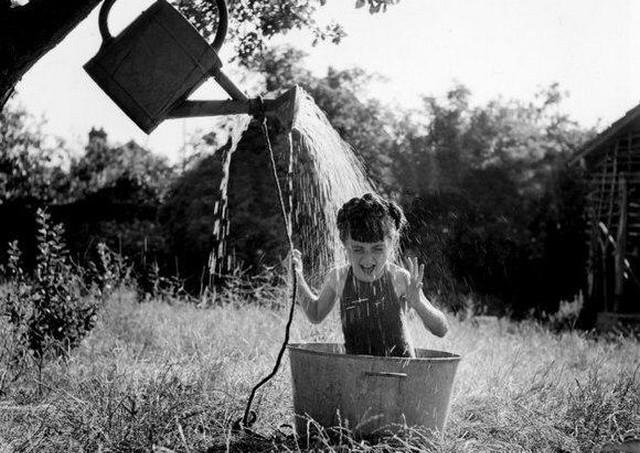 Яркие черно-белые фотографии (15 фото)